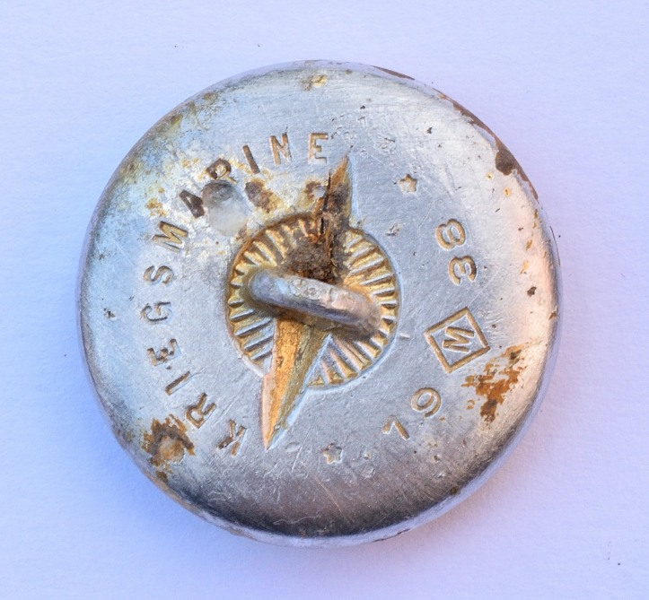 Kriegsmarine button back